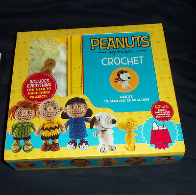 Peanuts Crochet Kit - Charlie Brown - 12 Characters + Snoopy Doghouse NEW SEALED