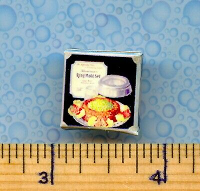 Discontinued DOLLHOUSE MINIATURES  Size Aluminum Ring Mold Box
