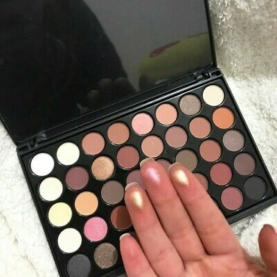 40 Colors Eye Makeup Nude Matte Shimmer Eyeshadow Pallete Glitter Powder friday