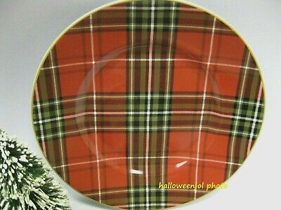 222 FIFTH WEXFORD RED Christmas PLAID TARTAN Salad Dessert Plates Set of 4