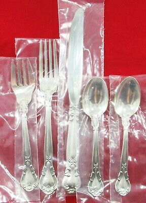 Gorham Chantilly Sterling Silver Place Size 25 pcs New In Plastics Serv for 4
