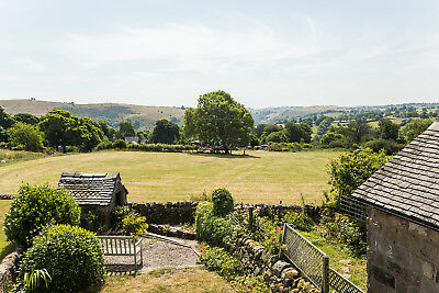 Cosy holiday Cottage Peak District Park-Log fire - views-hike,cycle-dog friendly