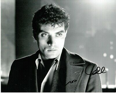 Rufus Sewell Signed Cool Photo Uacc Reg 242