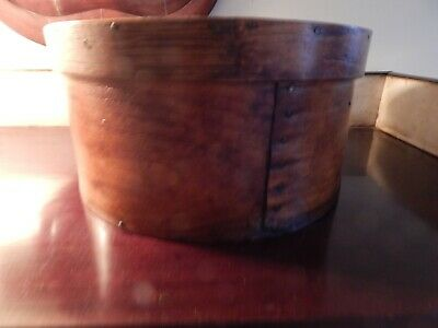 Antique 19thC BENT WOOD PANTRY BOX WITH COVER. OLD NAILS. PATINA. PRIMITIVE.
