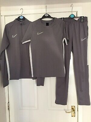 Boys Nike Grey Full Tracksuit Top, Bottoms and T Shirt age 12-13 yrs this season