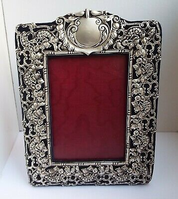 Superb Condition Large Decorative English Antique 1899 Solid Silver Photo Frame