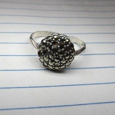 Pretty Vintage Sparkly Sterling Silver & Marcasite Round Domed Ring S Y556-9