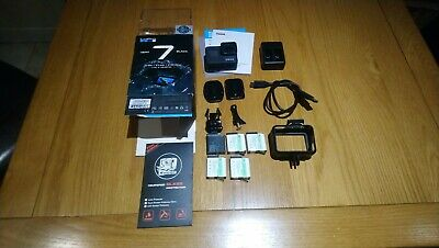GoPro Hero 7 Black + 5 batteries + usb charger + glass protector