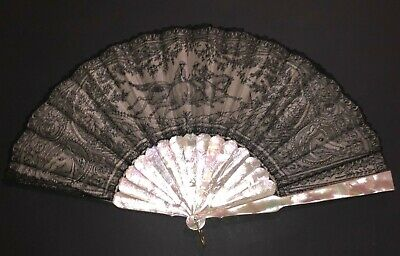Rare Antique Victorian Carved Mother Of Pearl Chantilly Figural Horse Race Fan