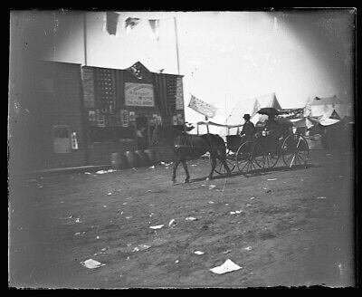 LATE 1800s EARLY 1900s GLASS NEGATIVE, HORSE, WAGON, PEOPLE, UNKNOWN LOCATION