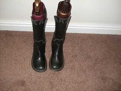 Lovely Dr Martens  Black Mid-Calf  Leather/Suede  Boots  Uk Size 7 Eur 41