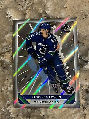 2019-20 Topps Elias Pettersson Vancouver Canucks NHL Hockey Sticker #462