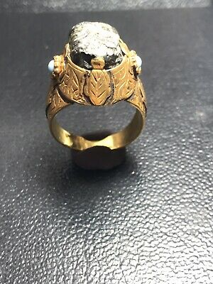 Roman Ancient Gold Ring With Ancient Roman Glass Gabry