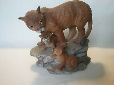 Porcelain Mountain Lion with Cubs