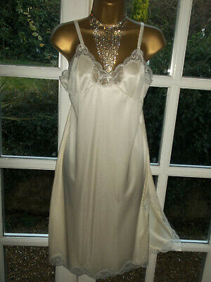 """Vintage 80s Charnos Glossy Thicker Nylon Scalloped Lacy Full Slip Bust 36"""" UK14"""