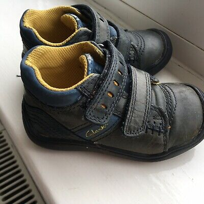 Clarks 5G First Leather Shoes Boots Navy Blue Velcro Robot Design