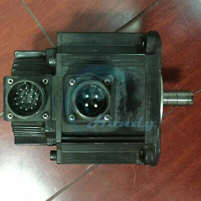 Used YASKAWA Servo Motor SGMG-05A2AB Fully tested Free Shipping