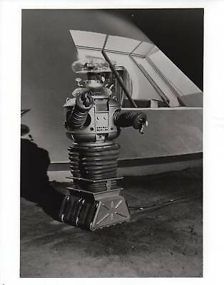 PHOTO C3472 Robot Lost In Space