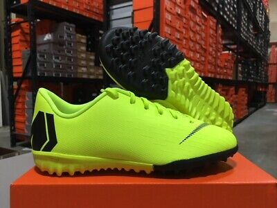 V IC Soccer Shoes Volt Size Nike Junior Vapor 12 Club PS 13C Yellow//Black