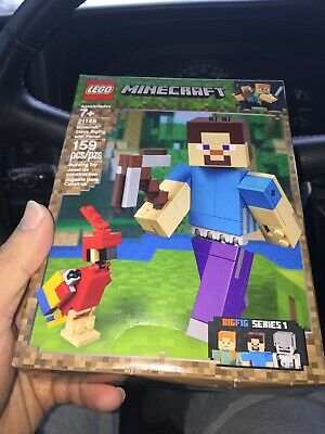 LEGO Minecraft Steve BigFig with Parrot 21148 Building Kit (159 Pieces) New