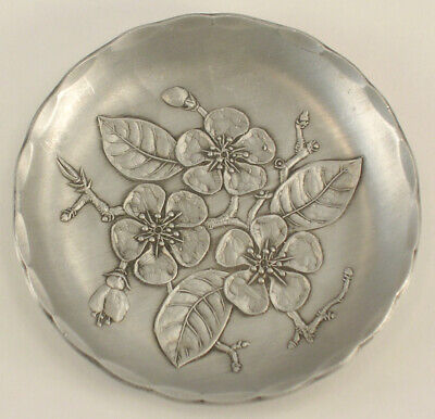 """Wendell August Hand Forged Aluminum SINGLE Coaster with a Floral Pattern 3-3/8"""""""