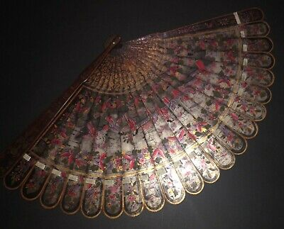 Rare Antique Chinese Circa 1800 Hand Painted Lacquer Figural Scene Brise Fan