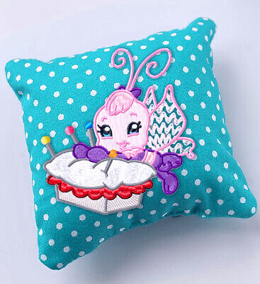STITCHING  BUTTERFLIES  10 MACHINE EMBROIDERY DESIGNS CD or USB
