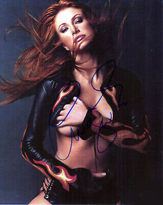 """ANGIE EVERHART  8/"""" X 10/"""" glossy photo reprint"""