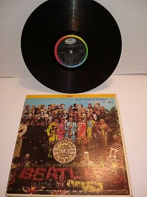 The Beatles Sgt. Peppers Lonely hearts Club Band LP 33 Record