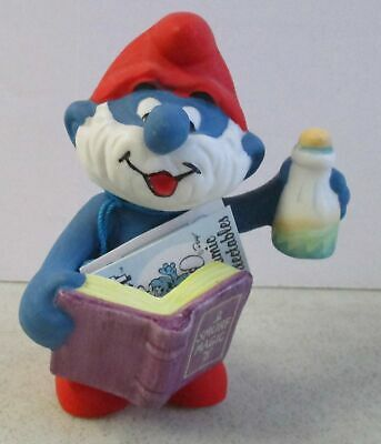Vintage 1982 Wallace Berrie The Smurfs Papa Smurf Ceramic Collectible Figurine