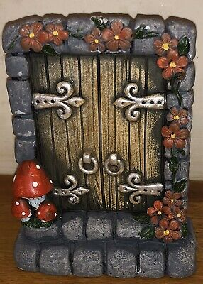 Latex mould for making this Lovely Fairy Door. 1