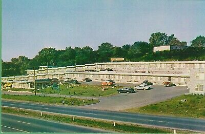 Vintage Antique Postcard Canada Canadian Motel Raphael Montreal West Old Cars
