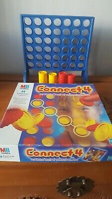 Connect 4 classic grid game 1999 by Hasbro complete