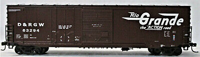 HO Scale Craftsman Ventilated Boxcar Door Set w//Vented /& Solid Lumber Doors