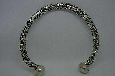 AMAZING Ancient Viking TWISTED Silver color Bracelet Ornament with large ends
