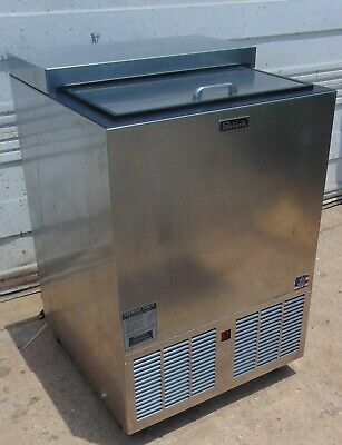 Glass Froster and Chiller Perlick FR24