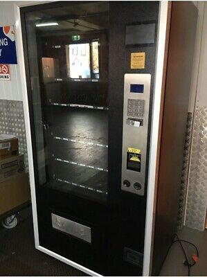 Vending Machine, 4 Wide, Good Clean Condition