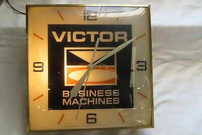 Vintage 1962 Victor Business Machines Pam Clock Co. Inc