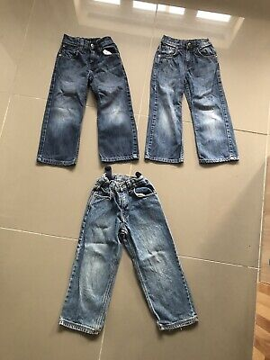 Boys 3 pairs of jeans age 5-6 years VGC