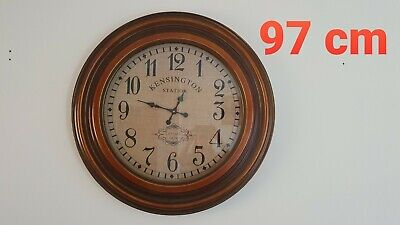 Max Traditional Wall Clock In Antique Copper Finish.Great condition,3 months old