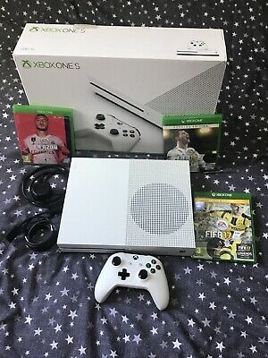 Xbox One S (1TB) Console White, Boxed With Controller Includes Fifa 17 18 20