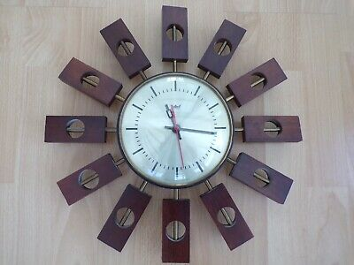 VINTAGE 1960's SMITHS ASTERAL STARBURST RETRO CLOCK NEEDS WORK Battery operated