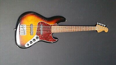 FENDER SUNBURST ELECTRIC DELUXE 5 STRING JAZZ BASS GUITAR Mexico 2010