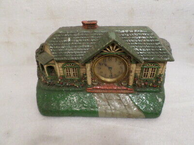 Interesting 'Deluxe' Bungalow Clock With Mechanical Wind Movement