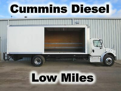 M2 106 Cummins Diesel Curbside Door 24Ft Box Cube Van Delivery Haul Truck Low Mi