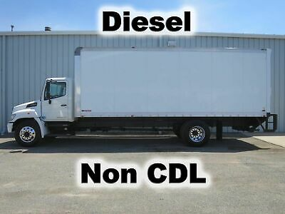 268 Diesel Automatic 24Ft Box Cube Van Delivery Haul  Truck Low-Miles Non-Cdl