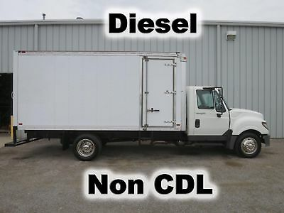 Terrastar Diesel 16-Ft Box Cube Van Delivery Haul Curbside-Door Truck Low Miles
