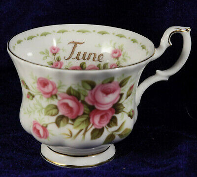 Royal Albert flowers of the month series Roses June cup & Saucer  afternoon tea