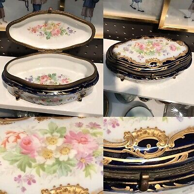 Antique 19th Century French Sevres Porcelain Hand Painted Gold Gilt Trinket Box
