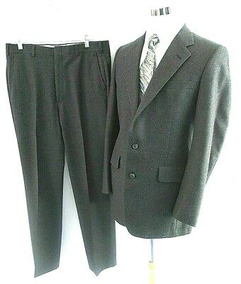Jos A Bank Men's 40R 34 x 32 Classic Gray 100% Wool Two Button One Vent Suit